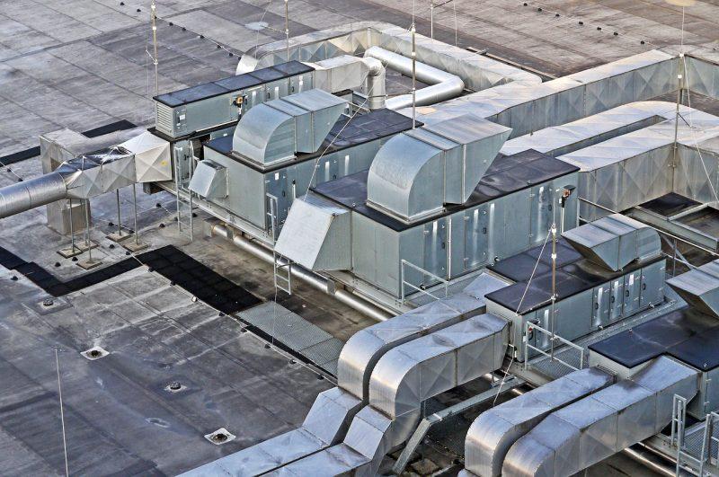Come raffrescare l'aria in capannoni e grandi ambienti industriali